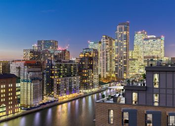 Thumbnail 3 bed flat for sale in Turnberry Quay, Canary Wharf