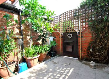 Thumbnail 2 bed detached house to rent in Kimberley Gardens, Harringay, London