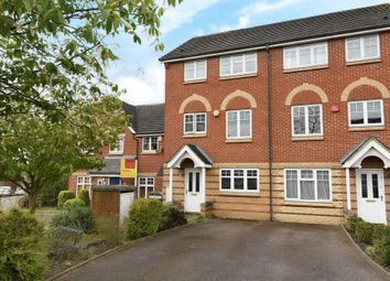 Thumbnail 3 bed town house for sale in Edgware, Middlesex