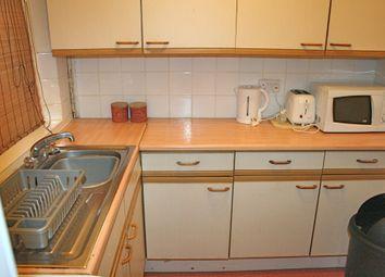 2 bed flat to rent in Causewayside, Newington, Edinburgh EH9