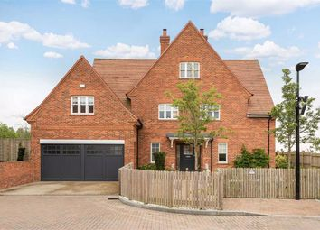 Thumbnail Detached house to rent in Wood Farm Close, Stanmore, Middlesex