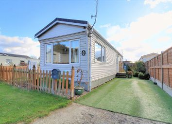 Thumbnail 1 bedroom mobile/park home for sale in New Road, Ashfield Park, Scunthorpe