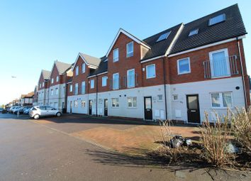 Thumbnail 3 bedroom town house for sale in Leicester Road, Luton