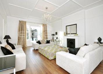 Thumbnail 5 bedroom flat to rent in Belsize Square, Belsize Park, London