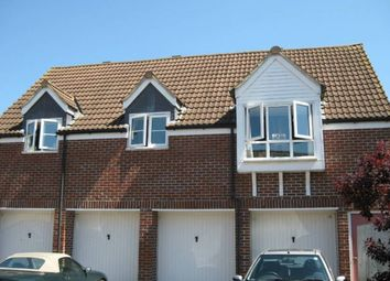 Thumbnail 2 bed flat to rent in Sparrow Croft, Gillingham