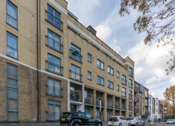 Thumbnail 1 bed flat for sale in Canonbury Street, Canonbury
