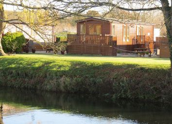 Thumbnail 2 bed lodge for sale in Rayford Park, Stratford-Upon-Avon
