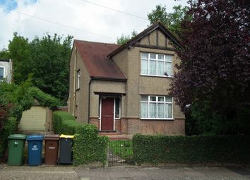 Thumbnail 2 bedroom detached house to rent in The Meadow Way, Harrow Weald