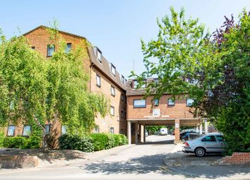 Thumbnail 2 bed flat to rent in Richmond Road, Gillingham, Kent