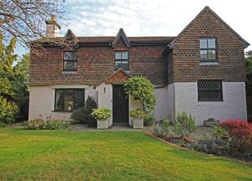 Mulberry Close, Horsham RH12. 3 bed detached house for sale