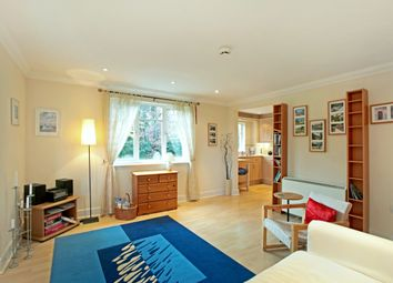 Thumbnail 3 bed flat to rent in Hobbs End, Henley-On-Thames