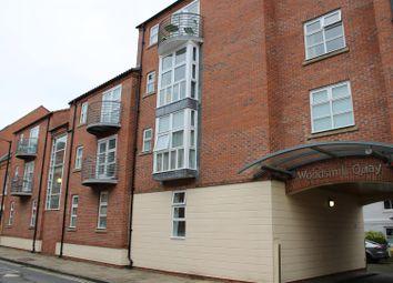 Thumbnail 1 bed flat to rent in Skeldergate, York