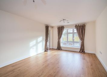 Thumbnail 2 bed flat for sale in Sovereign Place, Queens Road, High Wycombe
