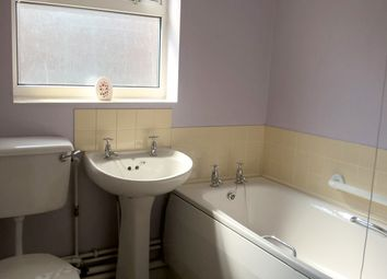 Thumbnail 1 bed flat to rent in Midland Street, Hull