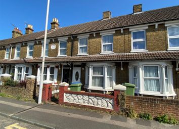 Thumbnail 3 bed property to rent in Park Road, Sittingbourne