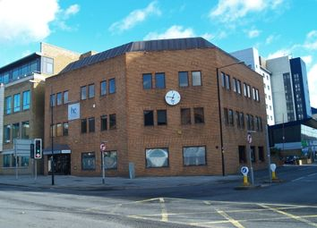 Thumbnail Commercial property to let in Windsor Road, Slough, Berkshire