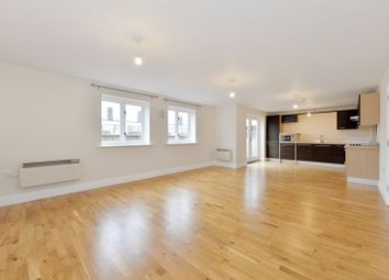 Westport Street, Limehouse E1. 3 bed flat