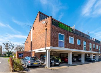 2 bed maisonette for sale in Chaucer Way, Hoddesdon EN11
