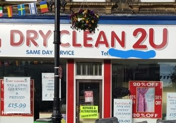 Thumbnail Retail premises for sale in Queen Street, Leeds