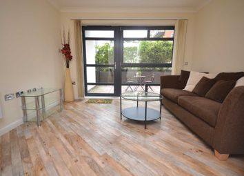 Thumbnail 1 bed flat to rent in Kennet Street, Reading