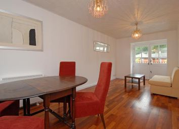 2 bed maisonette to rent in Selhurst Close, Wimbledon, London SW19