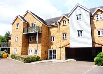 Thumbnail 2 bed flat to rent in Ebberns Road, Hemel Hempstead
