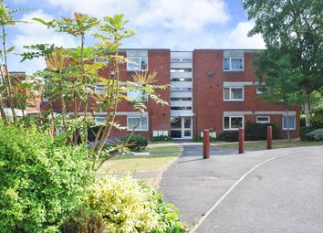 Thumbnail 2 bed flat to rent in Lebanon Close, Exeter