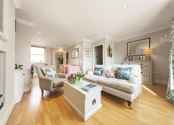 1 bed flat for sale in St. John's Hill, London SW11