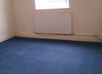 Thumbnail 1 bed flat to rent in Flat 2, 14 Avenue Road, Doncaster, South Yorkshire