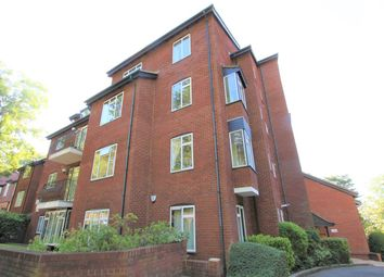 Thumbnail 3 bed flat to rent in Mount Park Road, Harrow-On-The-Hill, Harrow