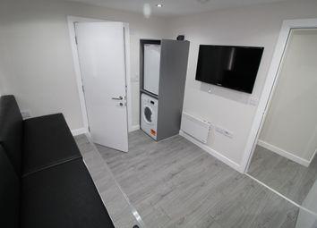 2 bed flat to rent in Market Street, Preston PR1