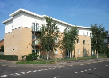 Thumbnail 1 bed flat to rent in Byron Road, Addlestone