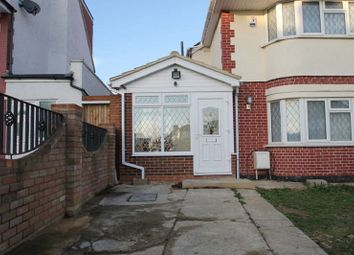 1 bed flat to rent in Newnham Gardens, Northolt UB5