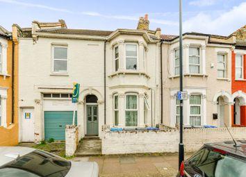 Thumbnail 3 bedroom flat to rent in Huddlestone Road, Willesden