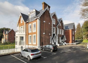 Thumbnail 1 bed flat to rent in 7 Carter House, Calverley Park Gardens, Tunbridge Wells