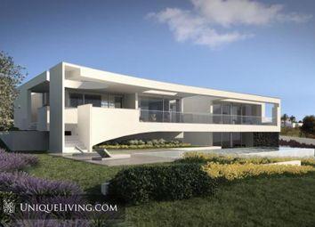 Thumbnail 4 bed villa for sale in Praia Da Luz, Western Algarve, Portugal