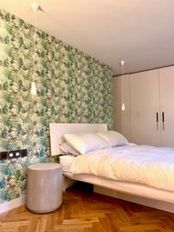 Thumbnail 1 bed flat to rent in Buckingham Street, Charing Cross, Westminster