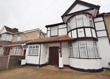 Thumbnail 1 bed flat to rent in Wykeham Road, Harrow, Middlesex