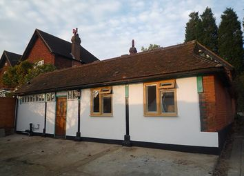 Thumbnail Studio to rent in Castle Square, Bletchingley, Redhill