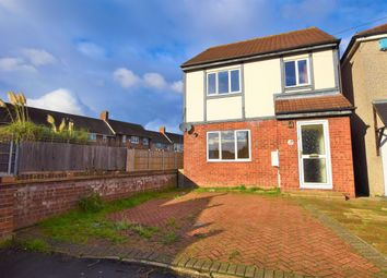 Thumbnail 3 bed detached house to rent in Clovelly Gardens, Romford
