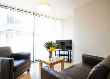 Thumbnail 1 bed flat to rent in Crompton House, High Street, Barnet