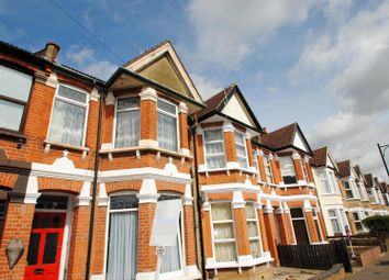 Thumbnail 2 bed flat to rent in Stornoway Road, Southend-On-Sea
