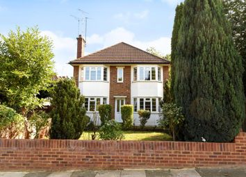 Thumbnail 1 bedroom flat for sale in Temple Avenue, London N20,