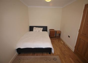 Room to rent in Engel Park, London NW7