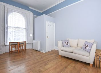 Thumbnail 1 bedroom flat to rent in Castle Hill, Reading, Berkshire