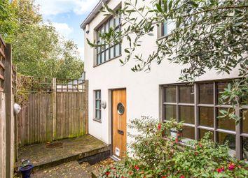 Ovanna Mews, Buckingham Road, London N1. 2 bed mews house