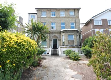 1 bed flat to rent in Parklands, Berrylands, Surbiton KT5