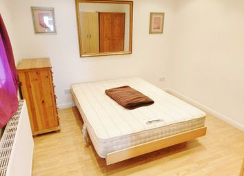 Thumbnail 1 bed flat to rent in Chambers Lane, London