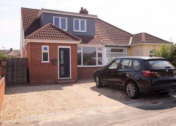 Benham Grove, Portchester, Fareham PO16. 3 bed semi-detached house