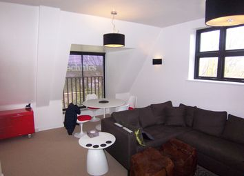 Thumbnail 1 bedroom flat to rent in Epping New Road, Buckhurst Hill, Essex